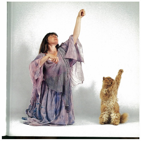 Dancing with arm-paw up