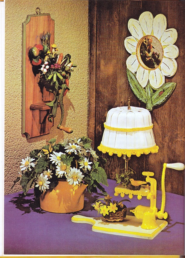flower lamp, vace, wall hanging