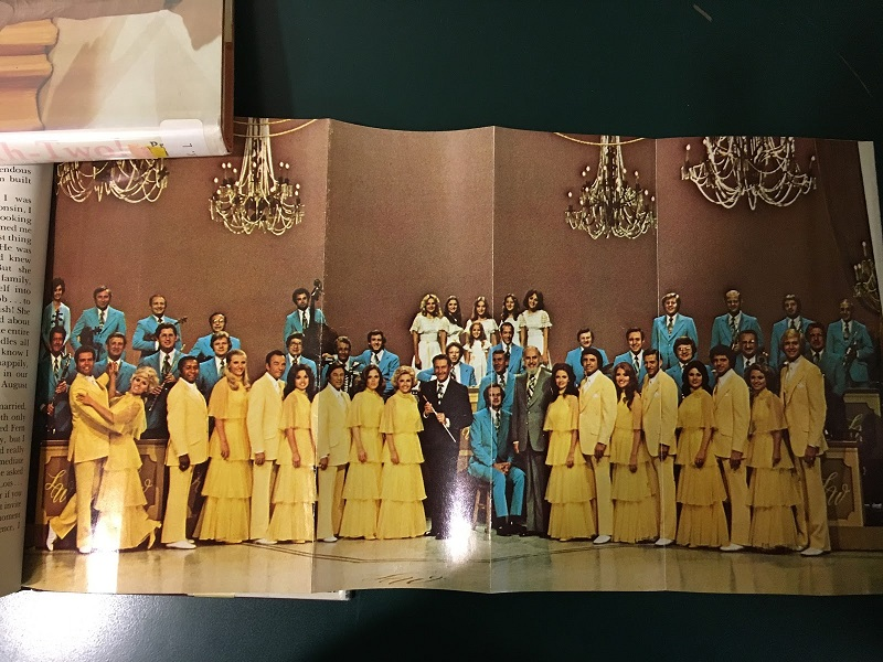 yellow dresses and blue suits